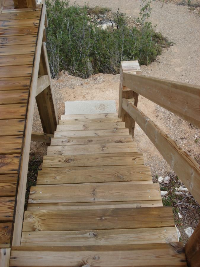 Construcci n de un mirador de madera en la s nia tarragona ideas carpinteros - Carpintero tarragona ...