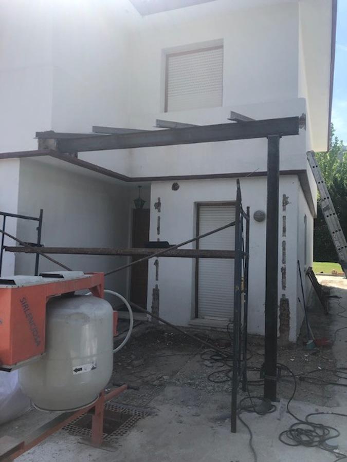 CONSTRUCCIÓN DEL PORCHE