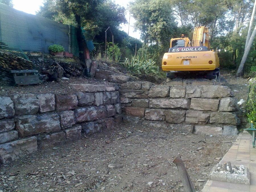 Construcci n muro de rocalla ideas construcci n muros - Muros de piedra construccion ...