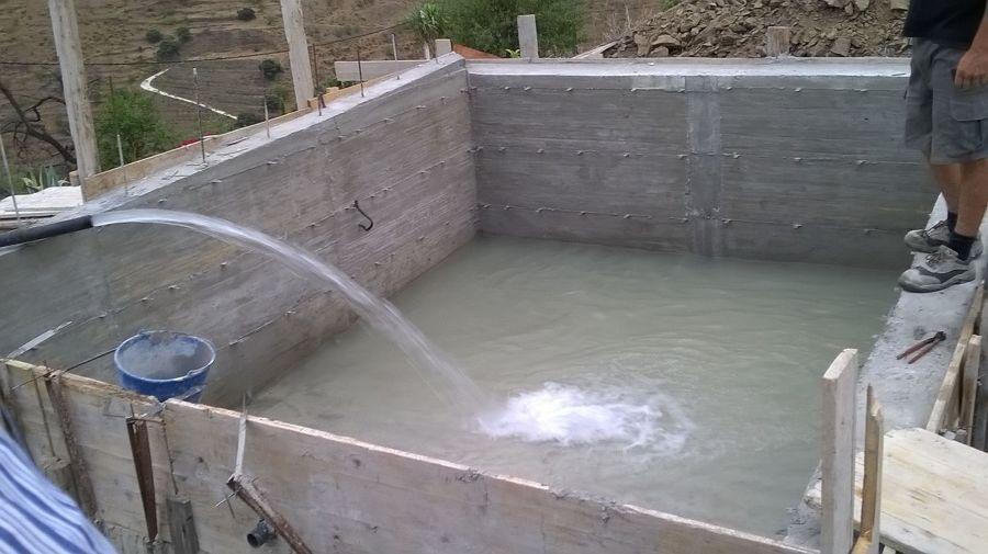 construccion piscina encofrada