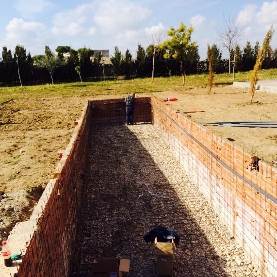 Construccion piscina gunitada