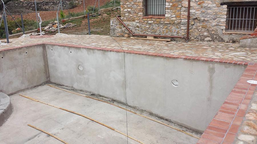 Construcción Piscina Rustica