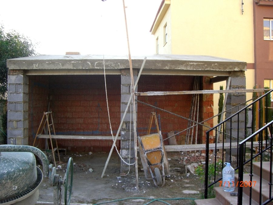 Construccion porche de obra con paellero y lavadero - Hacer un porche ...