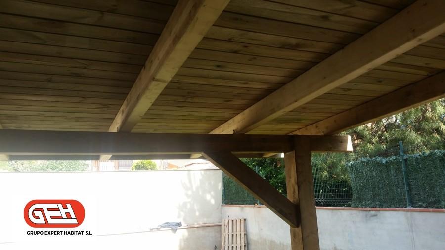 Construcción porche de madera