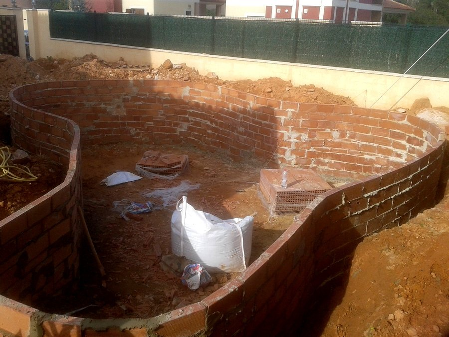 Construcción vaso piscina