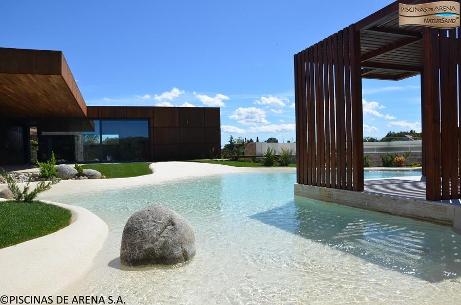 Piscinas de arena sa nuevo concepto en piscinas ideas for Casa moderna 99 arena