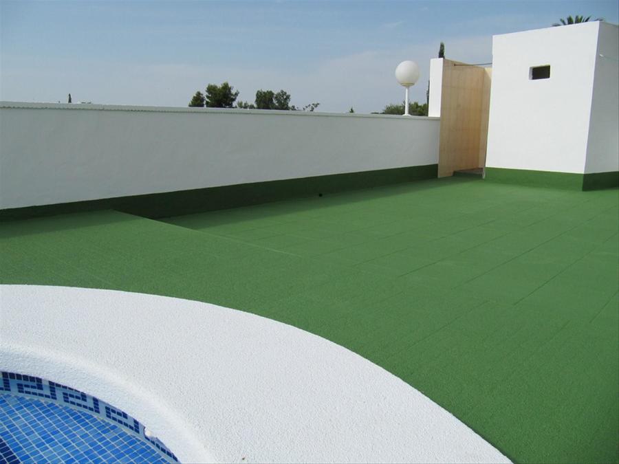 Foto corcho proyectado en suelo de piscinas de ym proyect - Suelo de corcho precio ...