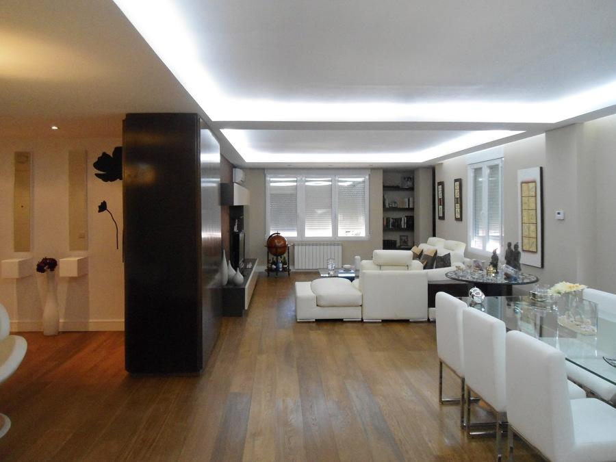 Iluminaci n oculta retroiluminados y luces indirectas - Iluminacion led salon ...