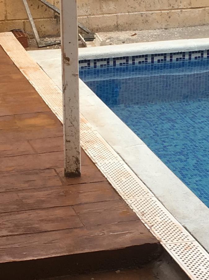 Corona piscina Hormigon impreso