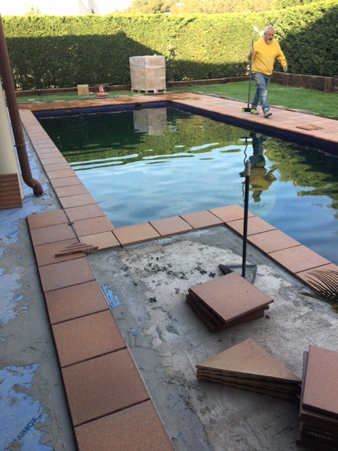 Coronamiento piscina