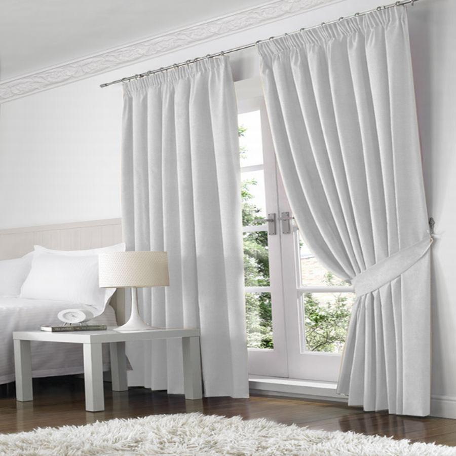 Conoce las telas m s utilizadas en cortinas para el hogar for Doble cortina para salon