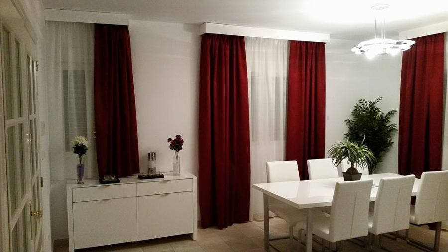Foto cortinas con visillos y galeria de aluminio lacadas for Cortinas en blanco