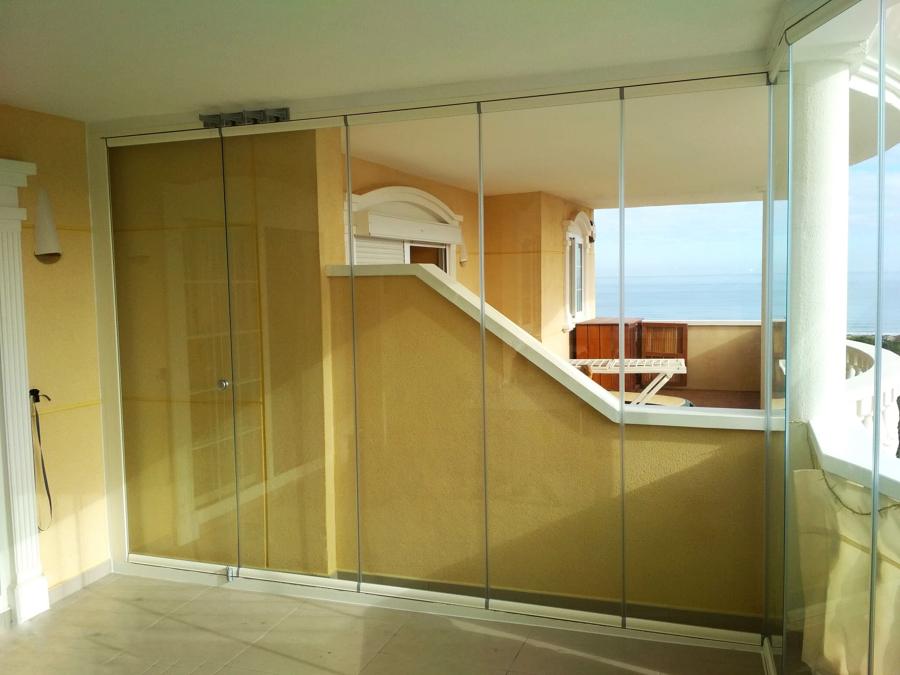 Cortinas de cristal en balcón
