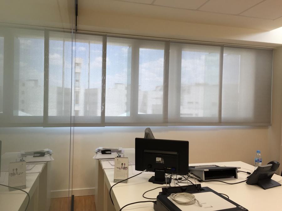 Cortinas Panel Japones de Polyscreen 1% Oficinas