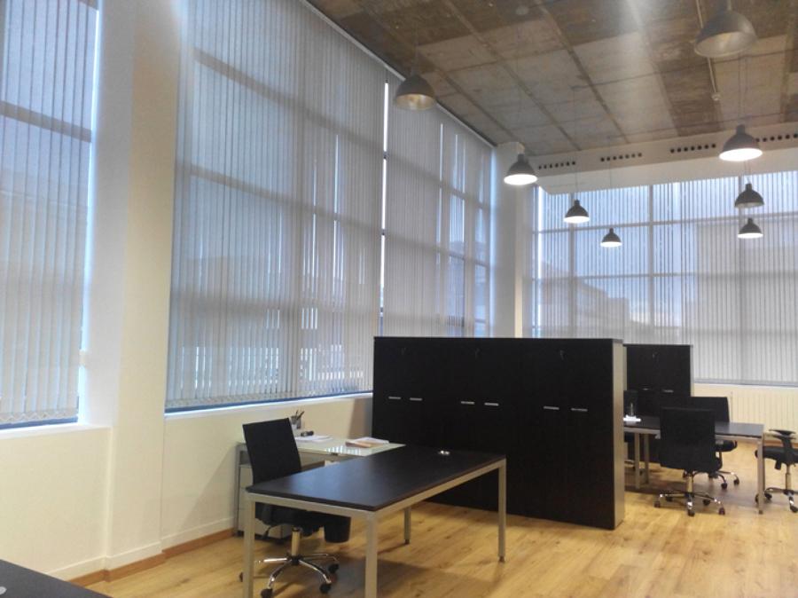 Cortinas verticales en oficina en alcobendas ideas - Cortinas para oficinas verticales ...