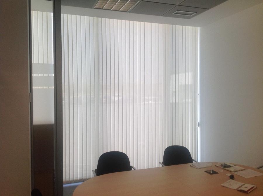 Cortinas verticales polyscreen en madrid ideas art culos decoraci n - Cortinas verticales madrid ...