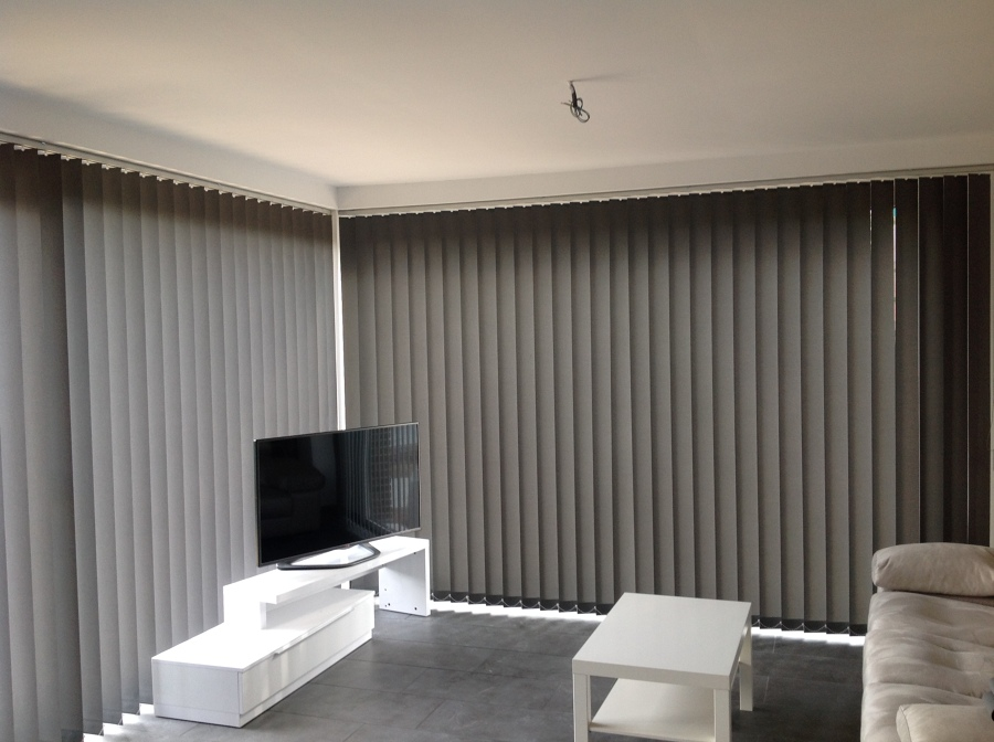 Cortinas verticales en lama de 127 ideas art culos - Cortina de lamas verticales ...