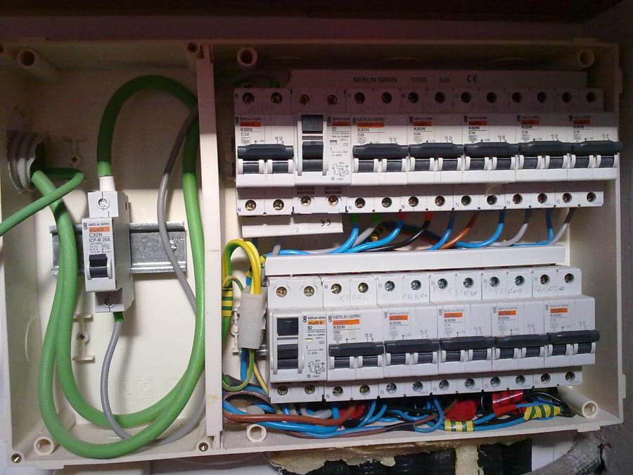 Instalacion electrica de una vivienda unifamiliar ideas - Cuadro electrico vivienda ...