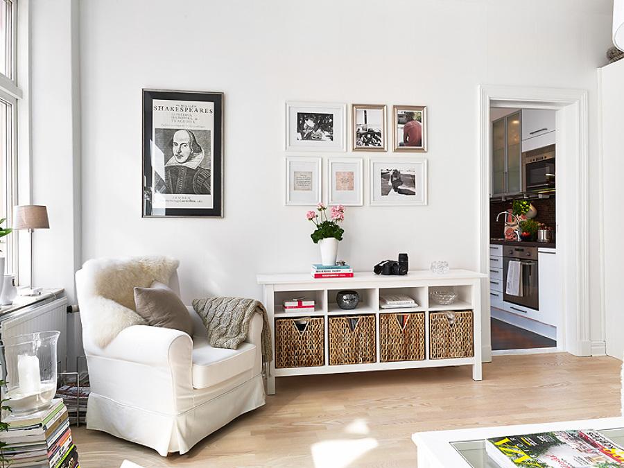 C mo exponer obras de arte en tu casa ideas decoradores - Cuadros bonitos para salon ...