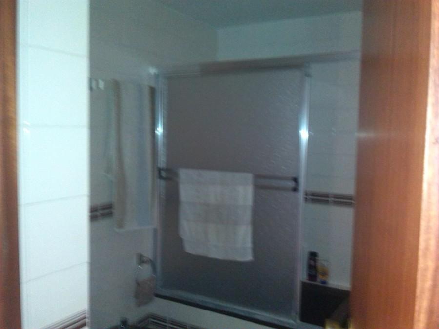cuarto de baño antes de reformarlo