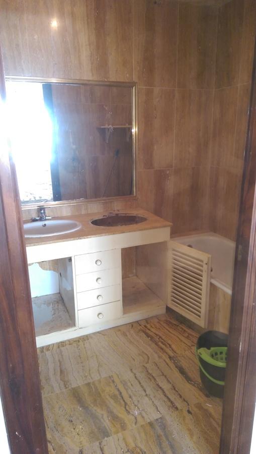 Cuarto de baño antes e reformar