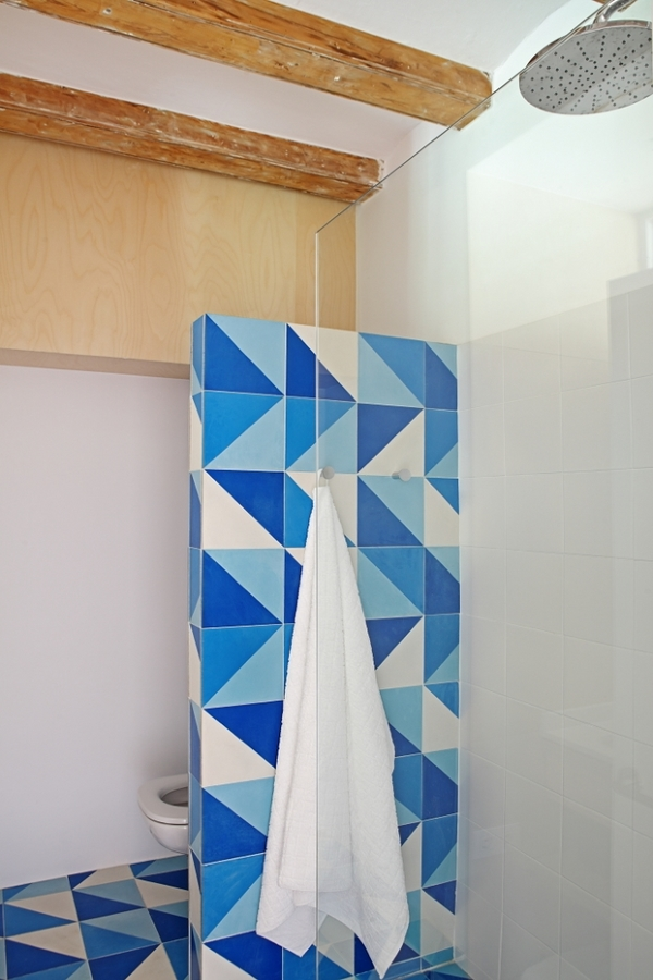 Foto cuarto de ba o con ducha de obra de lola mulledy - Cuartos de bano con ducha de obra ...