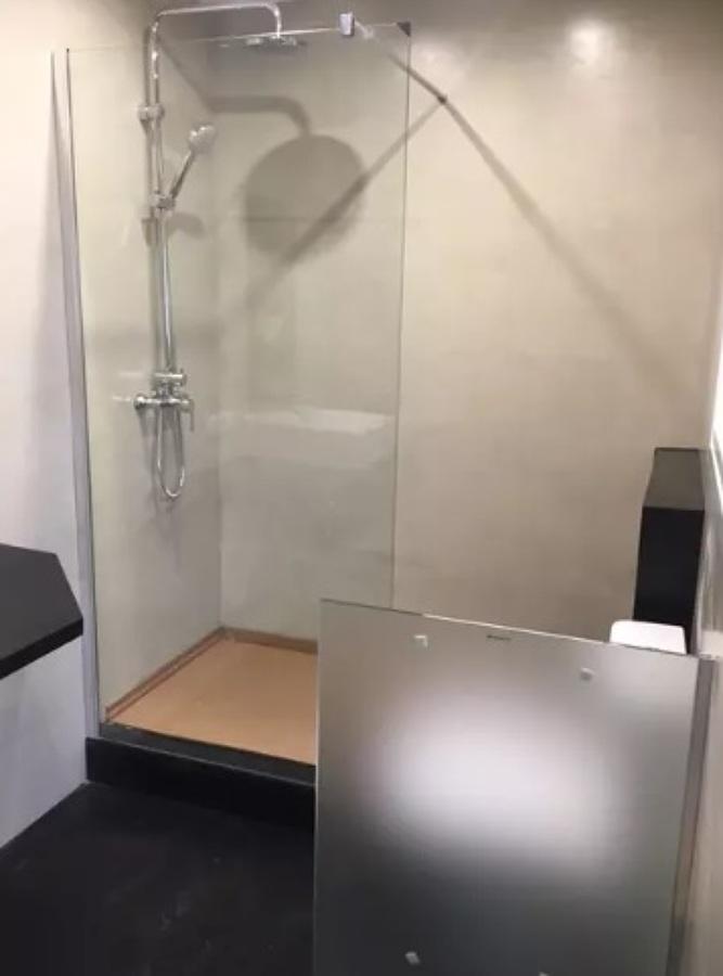 Cuarto de baño en microcemento sin juntas
