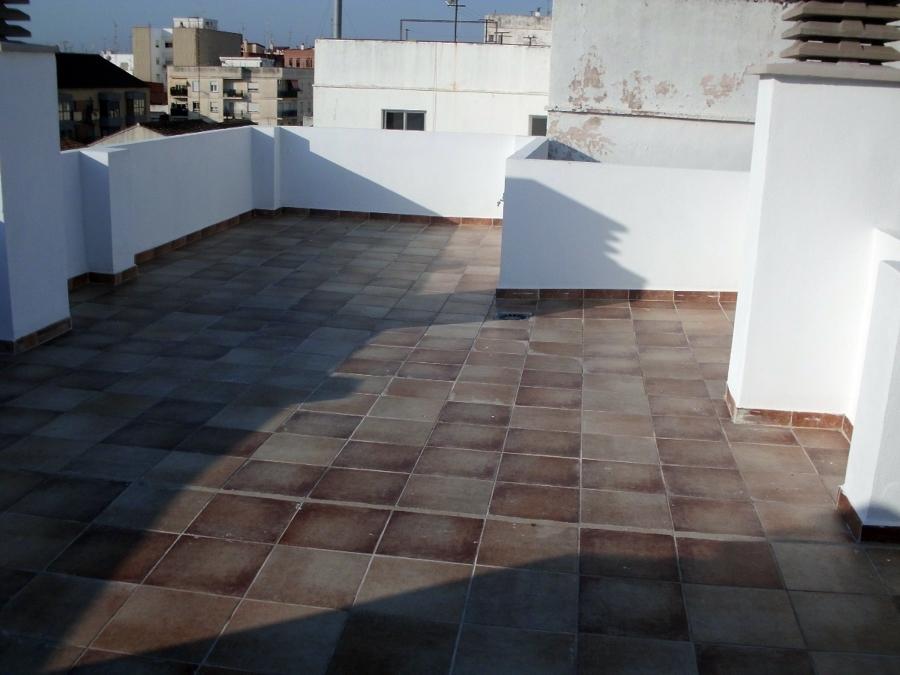 Foto cubierta transitable de construcciones jomapesa s l for Cubierta piscina transitable