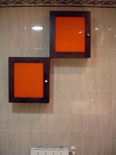 Cubos wengue con cristales en naranja