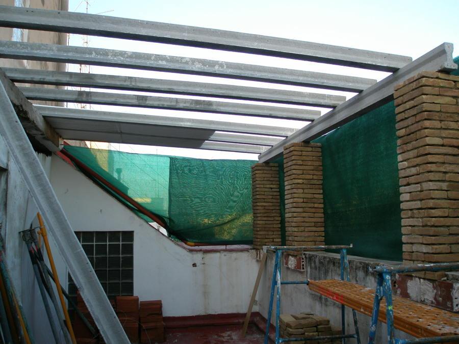 cubrimiento de la terraza una parte para el futuro baño principal y dormitorio