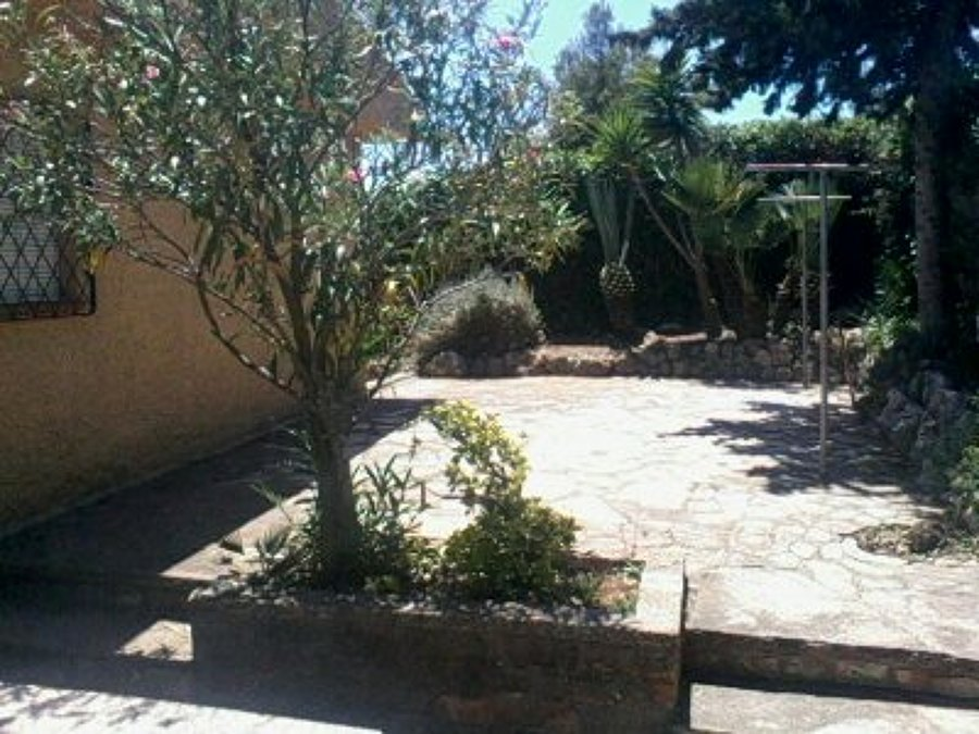 Foto cunit junio jardin 500mts 2015 de j l casas - Jardineros a domicilio ...