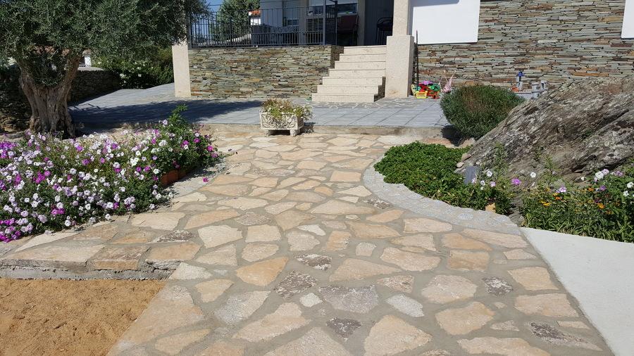 Decoracion de jardin con piedra