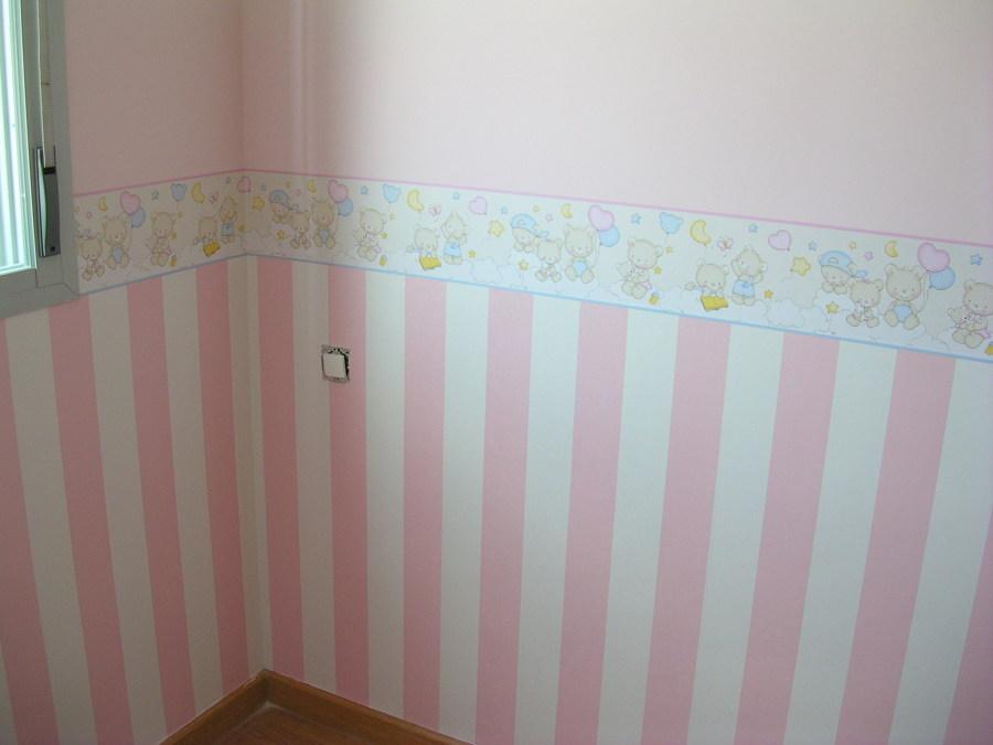 Foto Decoracin Dormitorio Infantil con Papel Pintado de