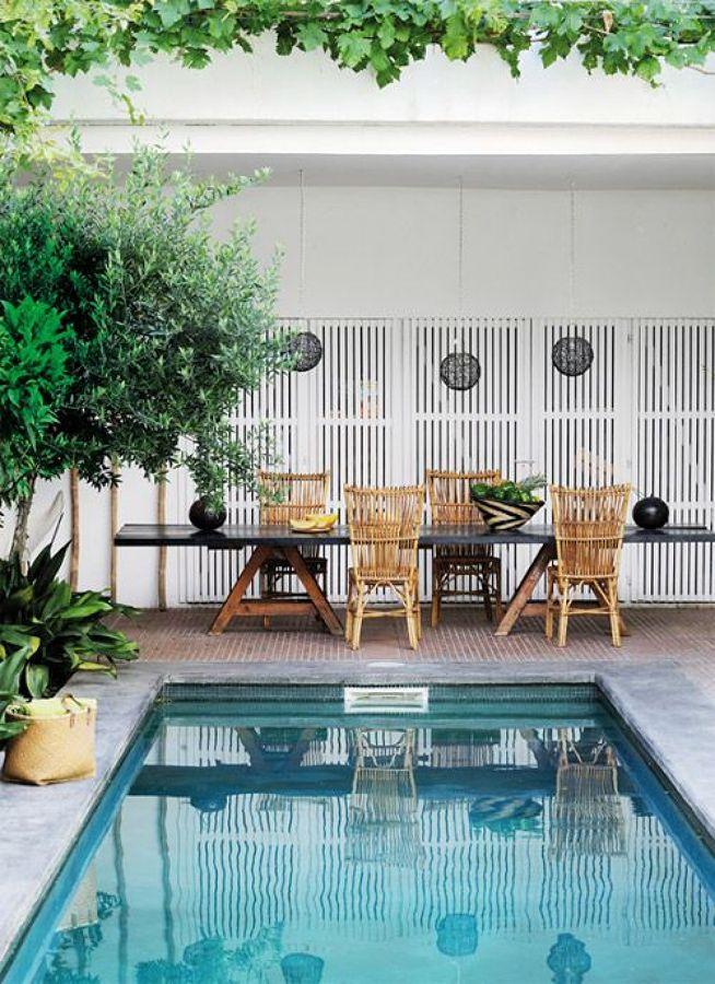 6 consejos para disfrutar de tu jard n con piscina ideas - Decoracion piscinas pequenas ...