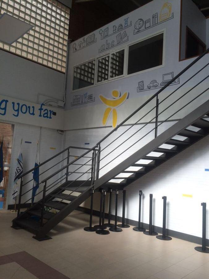 Decoración Hall Colegio Madrigal