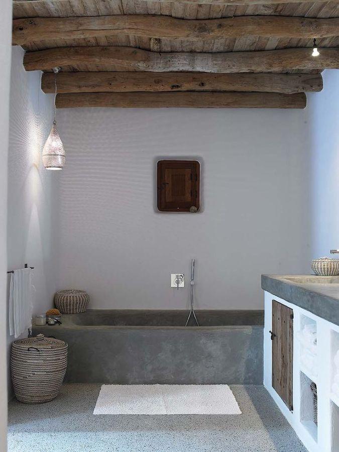 Foto vigas de madera en el techo de anna gaya 900449 habitissimo - Vigas de madera malaga ...