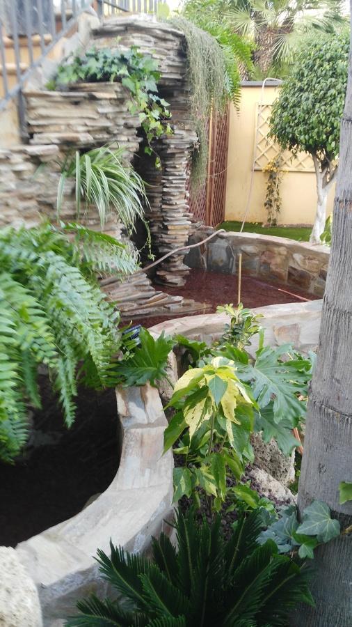 Decoración vegetal de la catarata 2