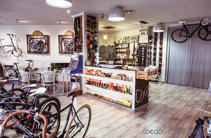 Una tienda de bicicletas con sabor vintage ideas for Decoracion retro industrial