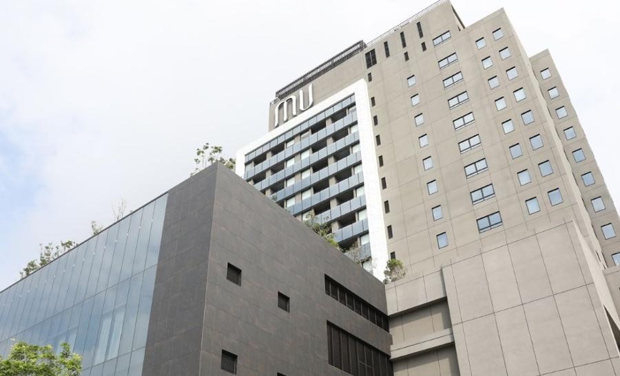 Dekton hotel