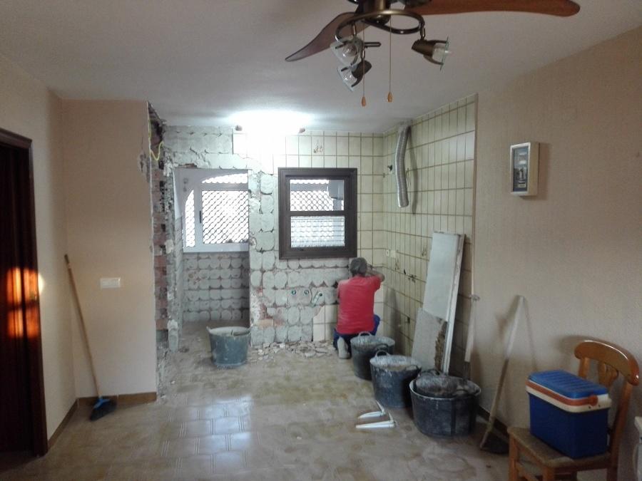 demolicion alicatado cocina