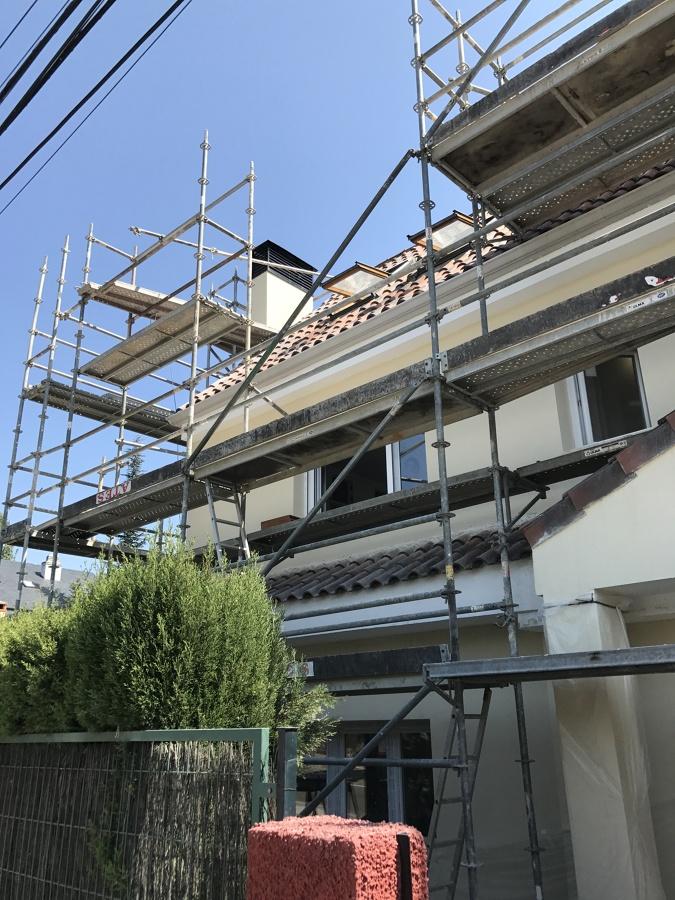 Demolición de hoja exterior de fachada.