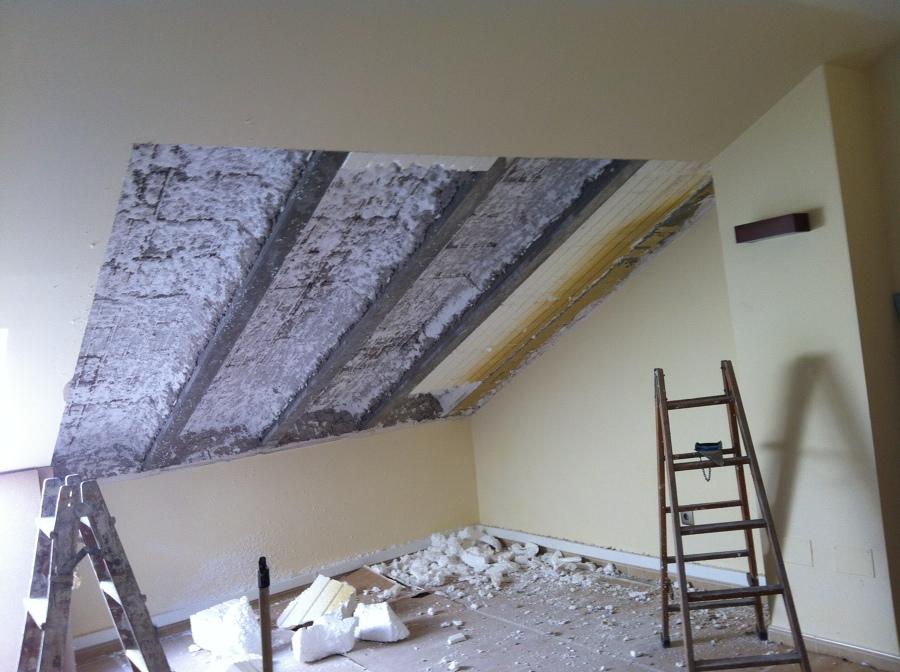Demolición de techo y aislamiento existente