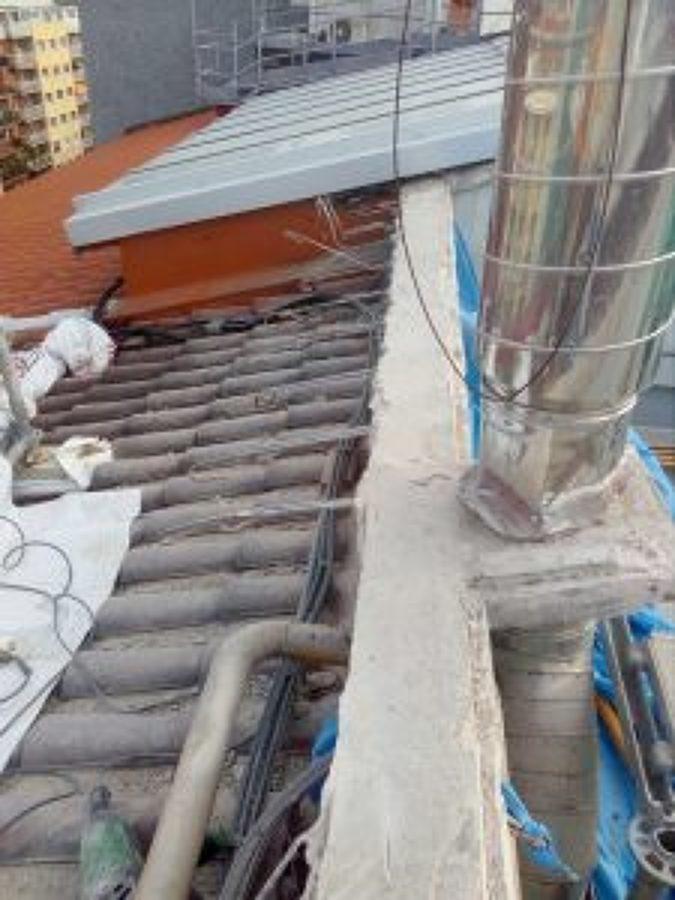 demolición del hormigón armado de los tragaluces