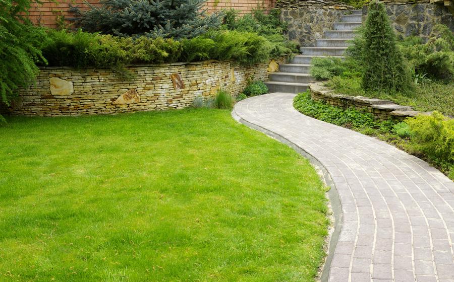 C mo conseguir el jard n perfecto sin grandes esfuerzos for Trabajo de mantenimiento de jardines