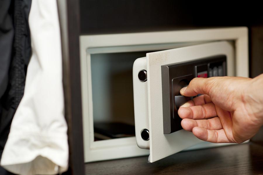 C mo instalar una caja fuerte en casa ideas reformas - Como ponerse fuerte en casa ...
