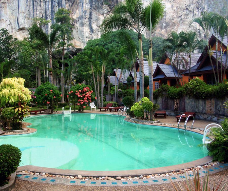 C mo climatizar la piscina ideas calefacci n - Climatizar piscina exterior ...