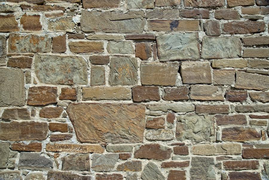 C mo forrar un muro de piedra ideas microcemento - Piedra para forrar paredes ...