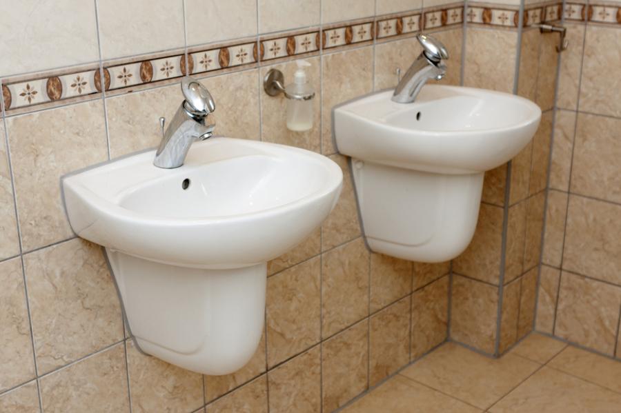Quitar Azulejos Baño Sin Romperlos:En ese caso lo mejor es recurrir a un profesional , pero en el caso de