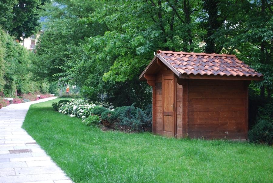 Consejos para montar un cobertizo en el jard n ideas for Guardar bicicletas en el jardin