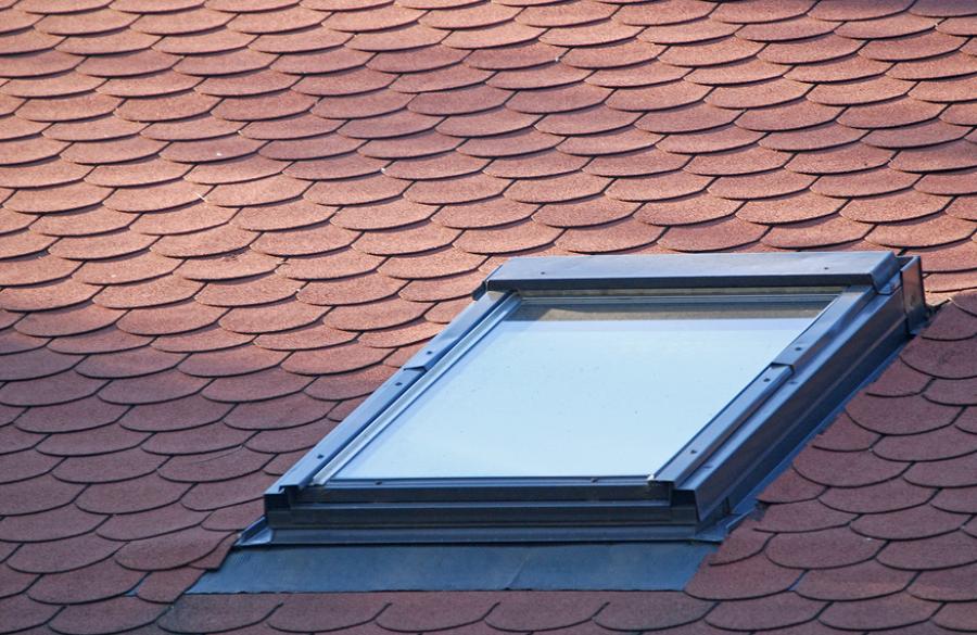 Colocar una ventana en el tejado ideas tejados - Tarif pose velux ...